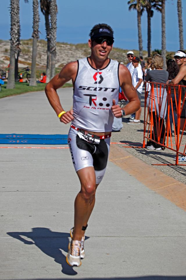 Kyle Visin : M-4 : Time 1:55:49.1
