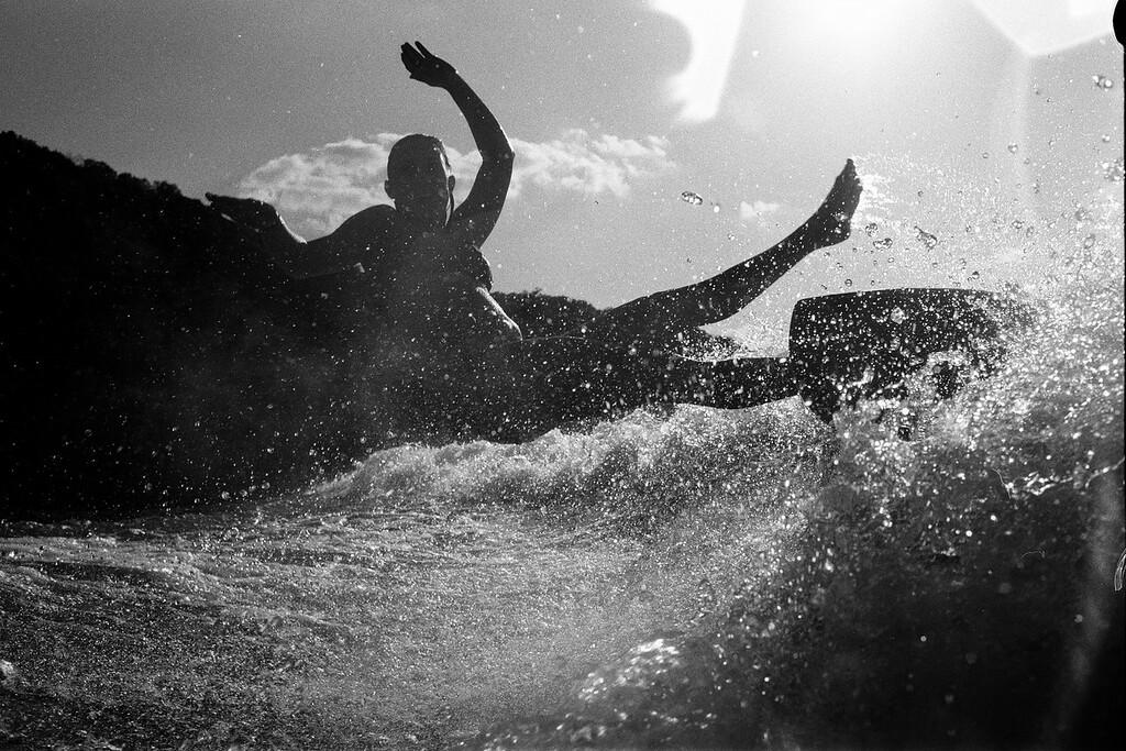 GG_EOP_Surfing_IrasBoat_048e