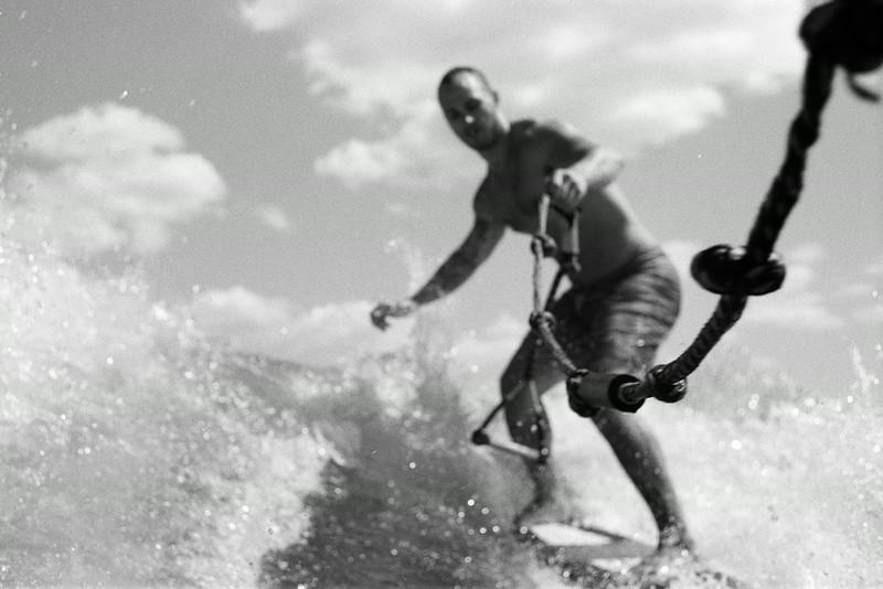 GG_EOP_Surfing_IrasBoat_032e