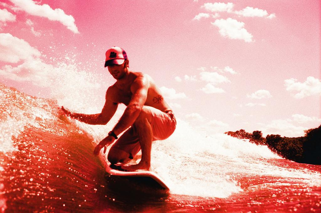 GG_EOP_Surfing_IrasBoat_022e