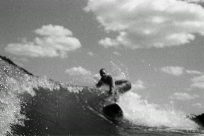 GG_EOP_Surfing_IrasBoat_033e