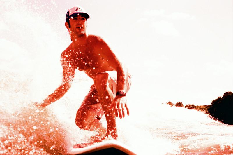 GG_EOP_Surfing_IrasBoat_023e