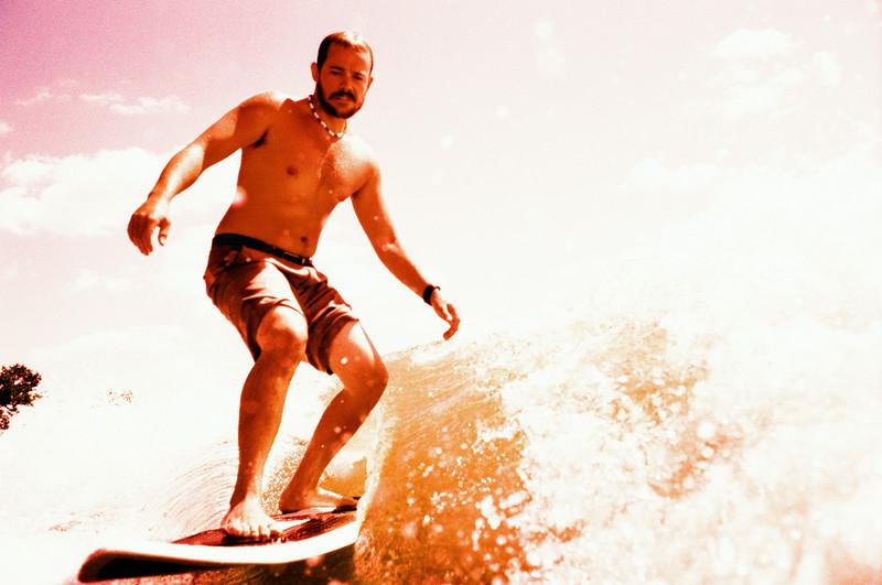 GG_EOP_Surfing_IrasBoat_020e