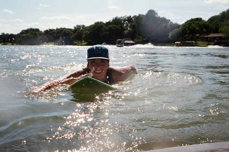 GG_EOP_Surfing_IrasBoat_001e