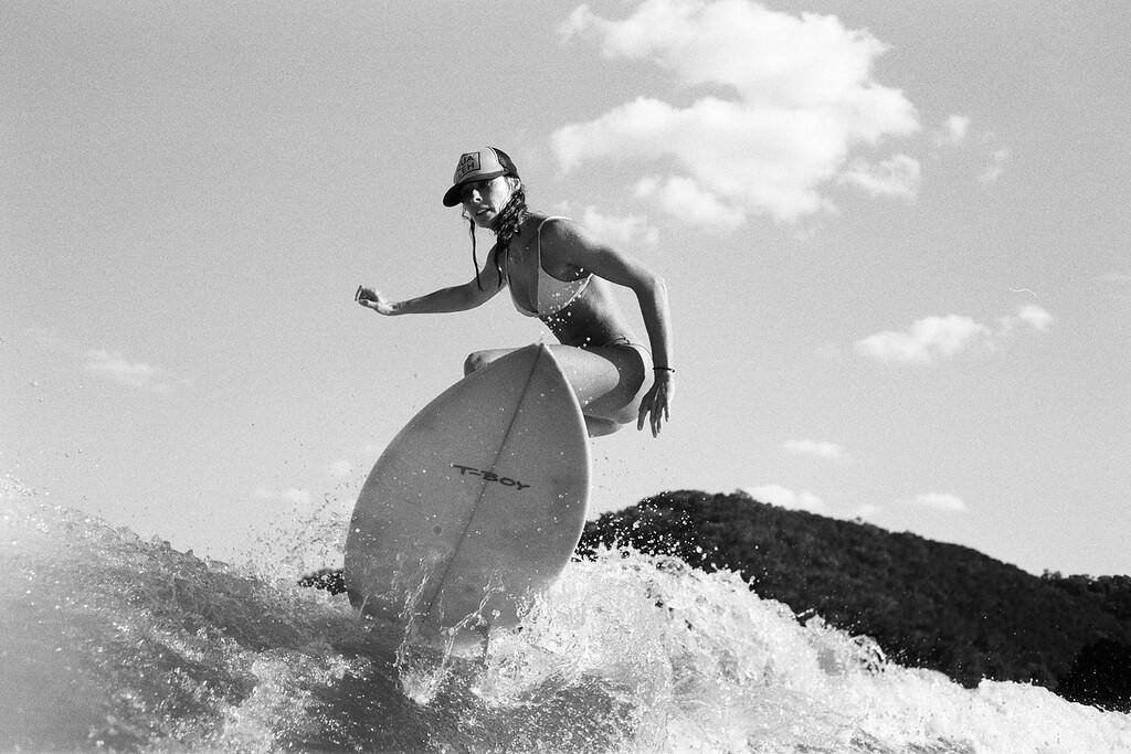 GG_EOP_Surfing_IrasBoat_052e