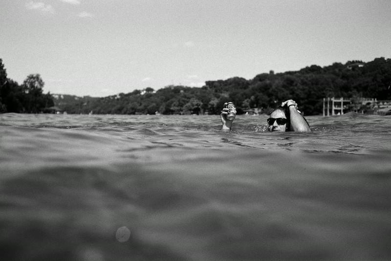GG_EOP_Surfing_IrasBoat_041e