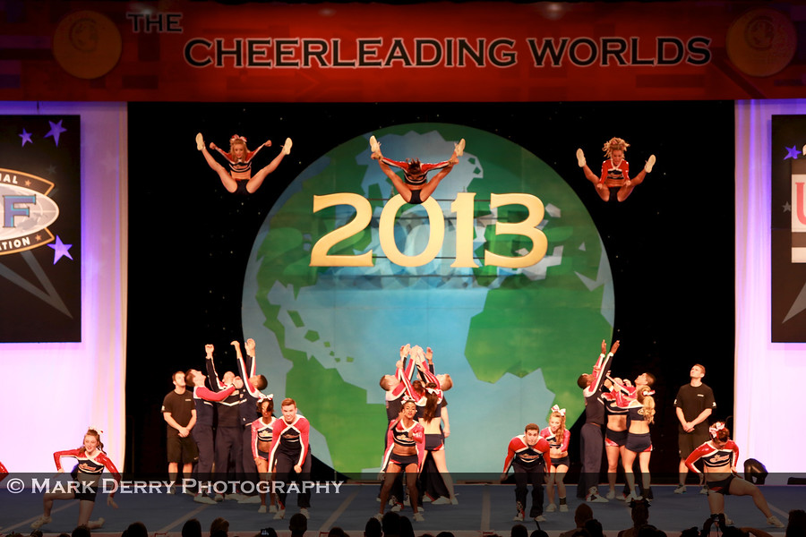 PCT Cobras Basket Toss, Cheerleading