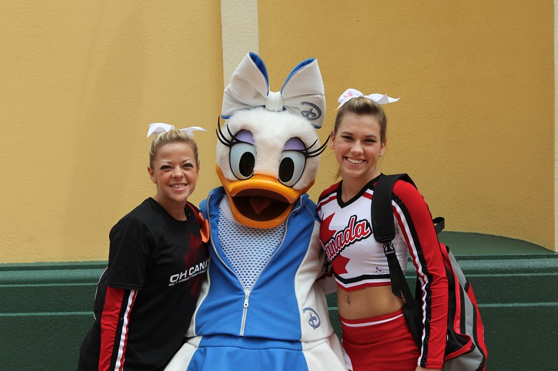 Team_Canada_Cheerleading_Worlds_2011_IMG_4563.jpg