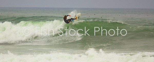 Rob Machado making bad surf look good
