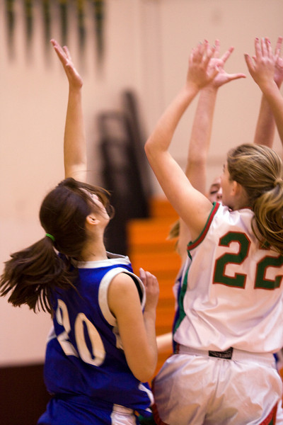 Husky Girls Frosh Basketball 08