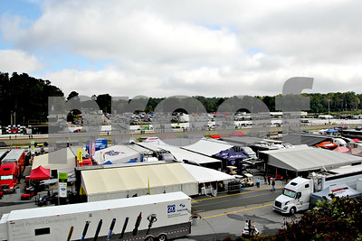 Looking down at the inside (and outside) pits. Pit lanes are on BOTH sides of the main straight....for different races
