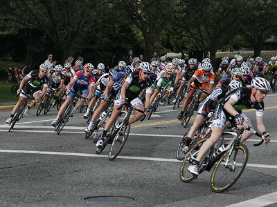 Men's Criterium race at Tour de Delta. The pack heads into turn # 1. July 2011