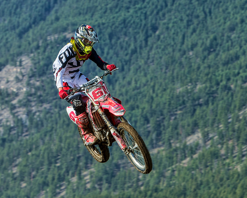 #61 - High in the air - Whispering Pines MX Track