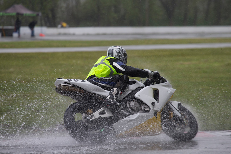 How's this for a wet and rainy race day? Even my wet-gear didn't save me from getting wet! Filename - 87-02P5957