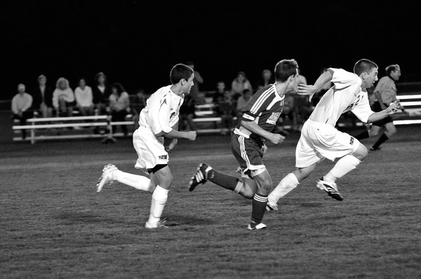 DSC_4969_Copybw. I can beat the Ref, no problem.