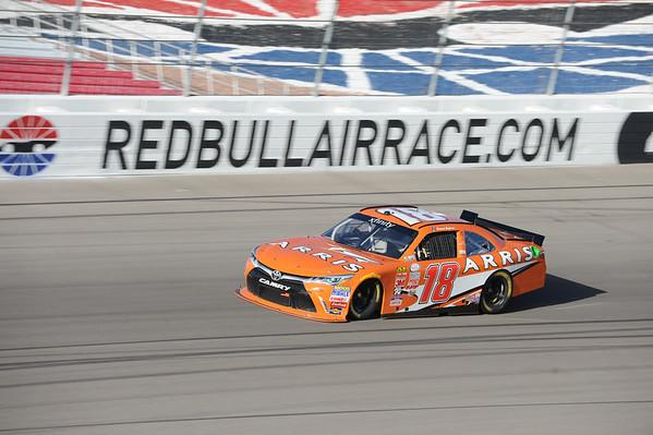 AUTO: MAR XX NASCAR Sprint Cup Series - Kobalt Tools 400