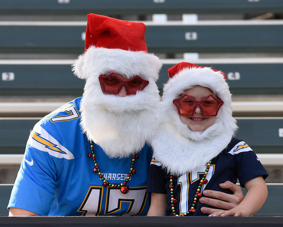 NFL: DEC 03 Browns at Chargers