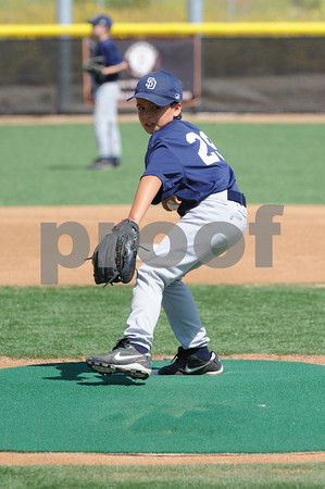 LNLL 2010 Action Photos - Minor Championship Game - Angels defeat the Padres to move on to TOC play.