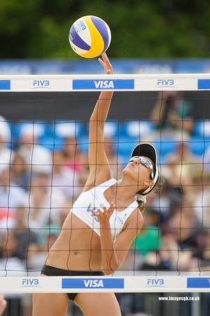 London - 13 Aug 2011 – Vivian Danielle da Conceição Cunha of Brazil during the game against the Cook / Hinchley (Australia)