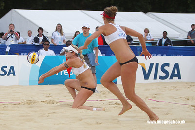 London - 13 Aug 2011 – Jennifer Kessy of the USA during game against Candalas/Garcia (Mexico)