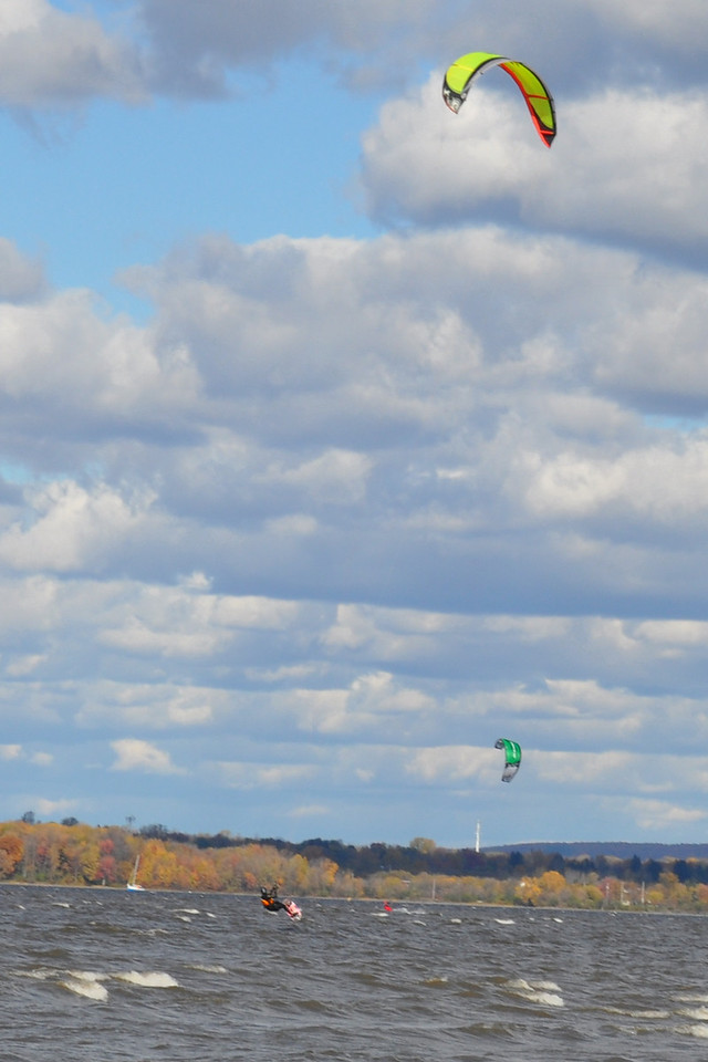 2010-Oct: Kiteboarding on the Ottawa River