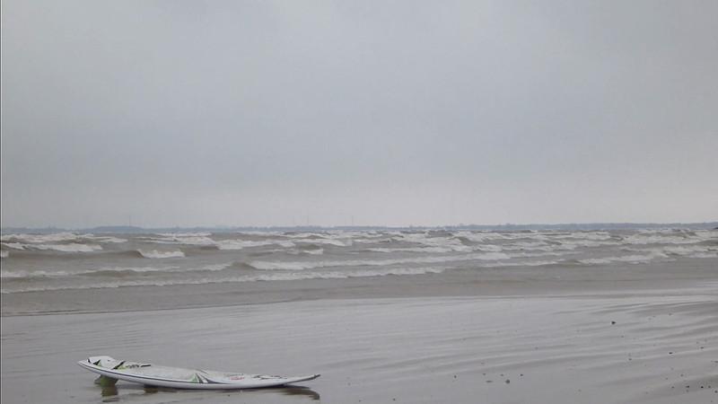 2013-Jan (Video): Kiteboarding Lake Erie