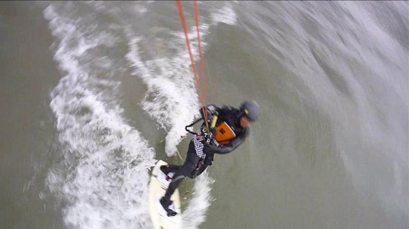 (Video) 2011-April: Kiting on Lake Erie