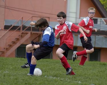 +090509 M Soccer vs Novas 200