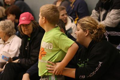 Basketball: Grade School Girls teal shirts vs green shirts