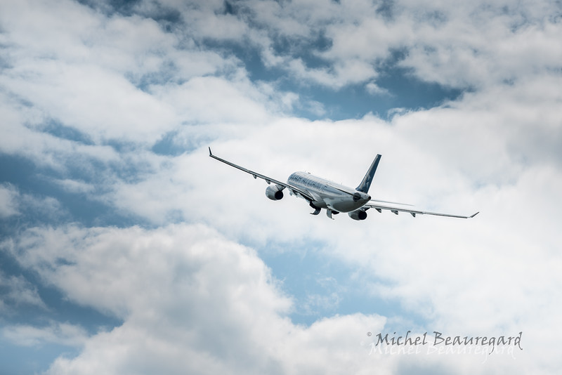 Plane 60