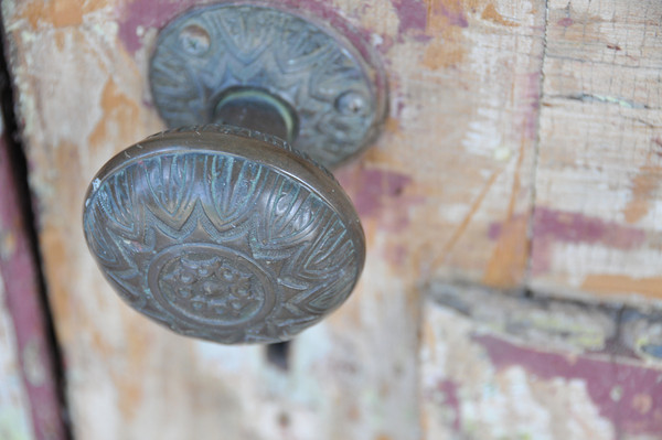 Study of the Door Knob<br /> Everitt House<br /> 200 High St<br /> Hackettstown, NJ<br /> Beverly Hutzel