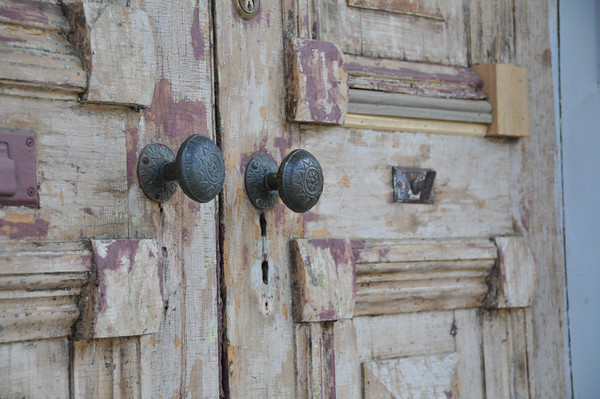 Study of the Door<br /> Everitt House<br /> 200 High St<br /> Hackettstown, NJ<br /> Beverly Hutzel<br /> Home built mid-1800s