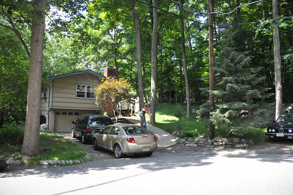 The home I lived in with my folks, when Terry & I met… early summer of 1972<br /> Cresent Drive N<br /> Forest Lakes <br /> Andover, NJ