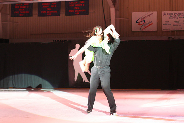 Lincoln Park Spring Ice Show Exposed Images Photography  © Pamela stover To order photos while viewing, click on shopping cart-