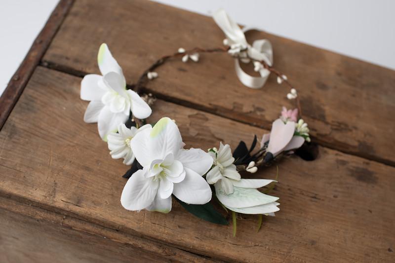 White & Blush Floral Halo