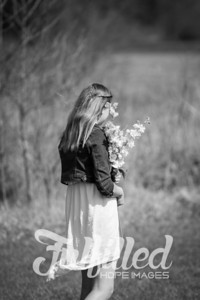 Spring Photo Session - Molly and Bella 2017 (9)