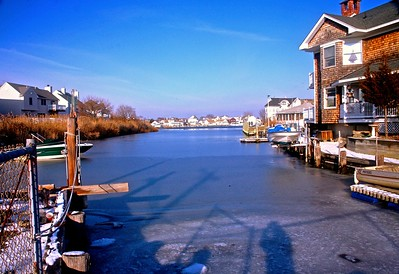 Winter on the Manasquan Inlet in Point Pleasan