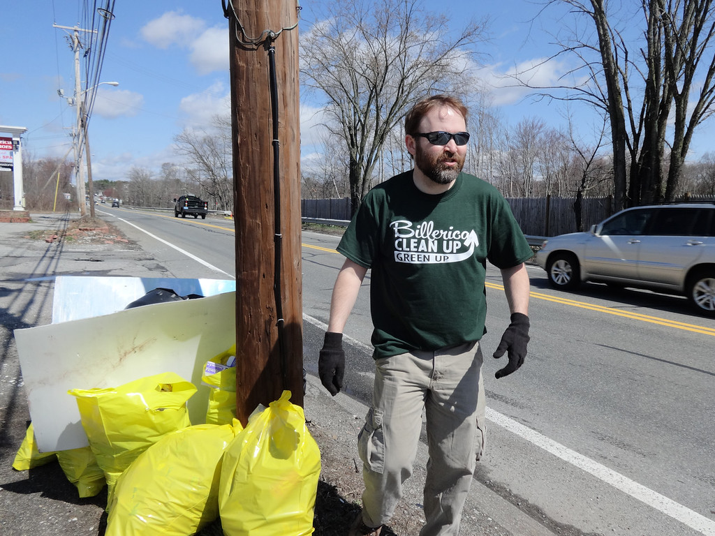 . Billerica Economic Development Director Rob Anderson worked to pick up refuge along 3A. Photo by Mary Leach