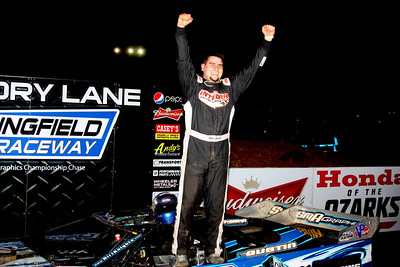 Ryan Gustin takes MARS DIRTcar Series win at Springfield Raceway!