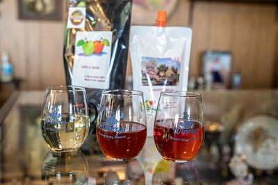 7C's Winery Glasses of Wine