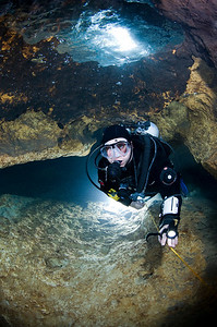 New cave diver Kristine Rae Olmsted slides gracefully thrugh Little River Spring.