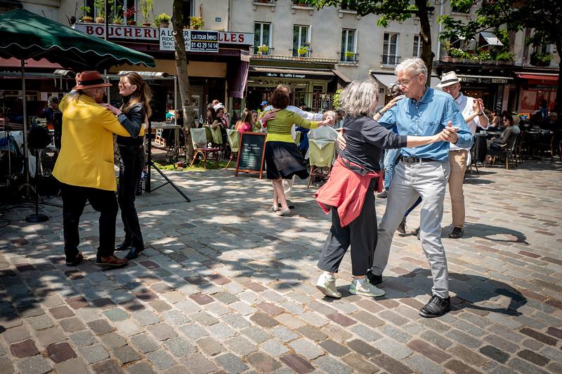2018, Paris, Rue Mouffetard, Dancing in the Streets