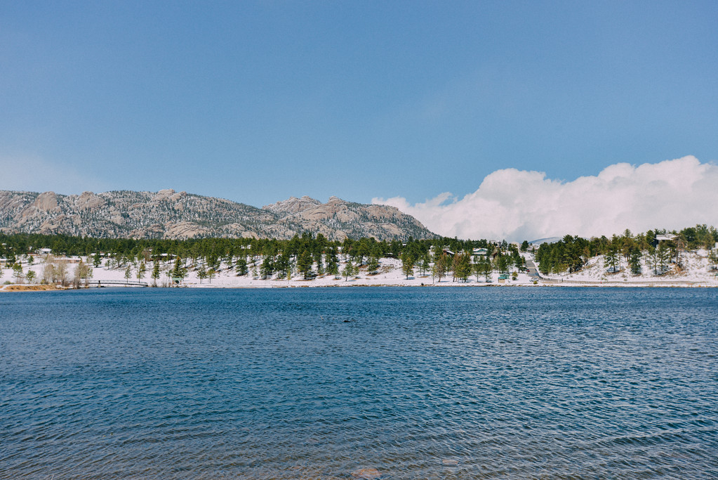 . A beautiful May day at Lake Estes. (Bob Wooley/Trail-Gazette)