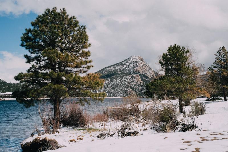 Springtime snow in Estes Park
