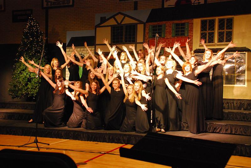MS Choir Dinner 2008 037