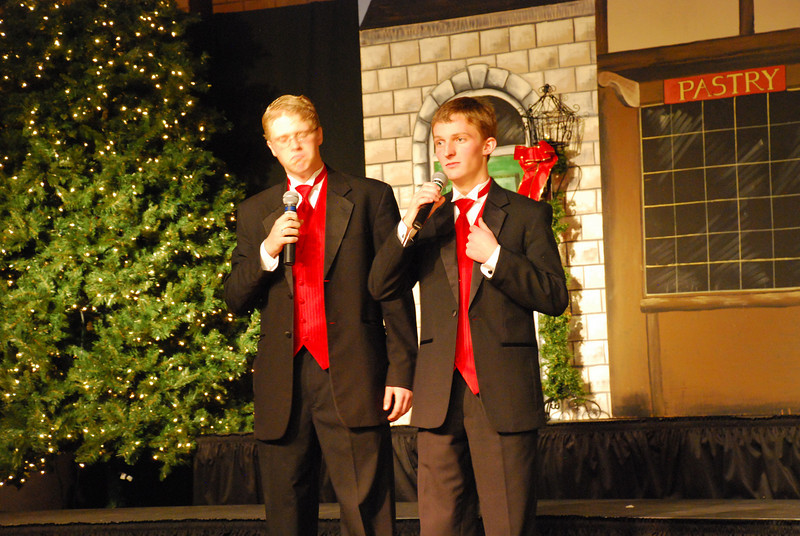 MS Choir Dinner 2008 059