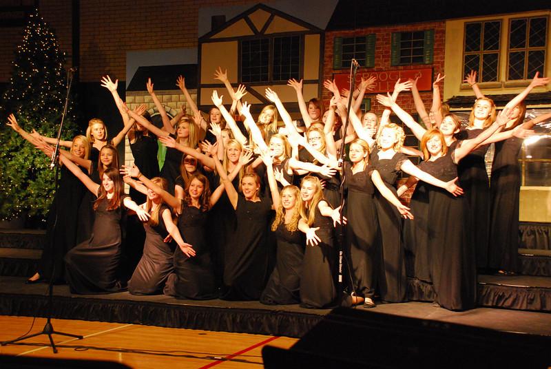 MS Choir Dinner 2008 035