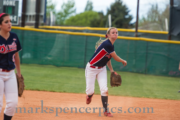 Springville Softball Groups 2013-096