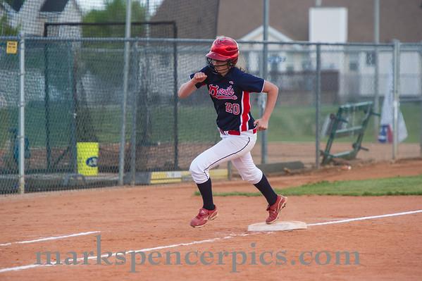 Springville Softball Groups 2013-206
