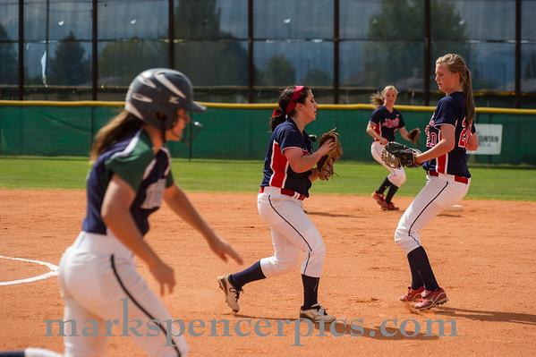 Springville Softball Groups 2013-015